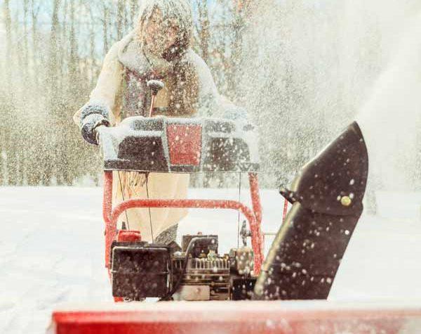 maintenance-free-apartment-snowblower-minneapolis-winter