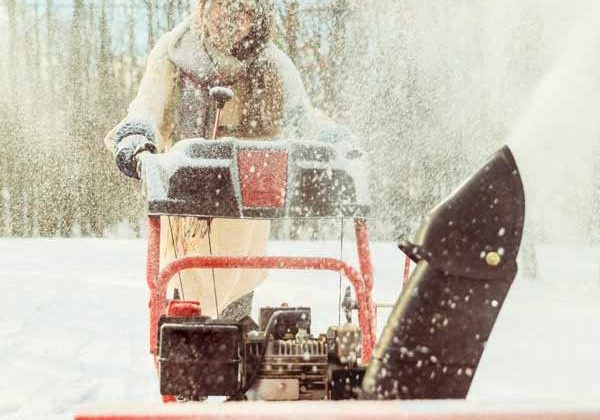 maintenance-free-apartment-snowblower-minneapolis-winter